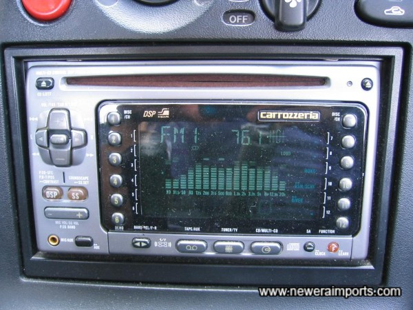 Carrozzeria CD/Cassette/Radio.