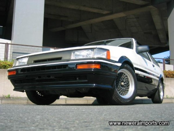 The best condition Levin body we have ever come across in Japan.