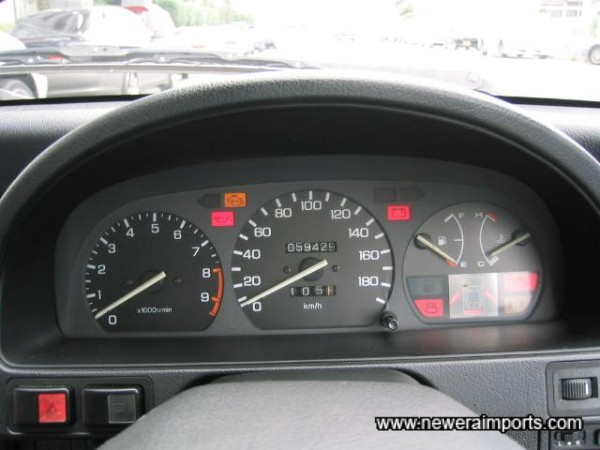 All Warning lights present & correct - Note ALB (ABS).