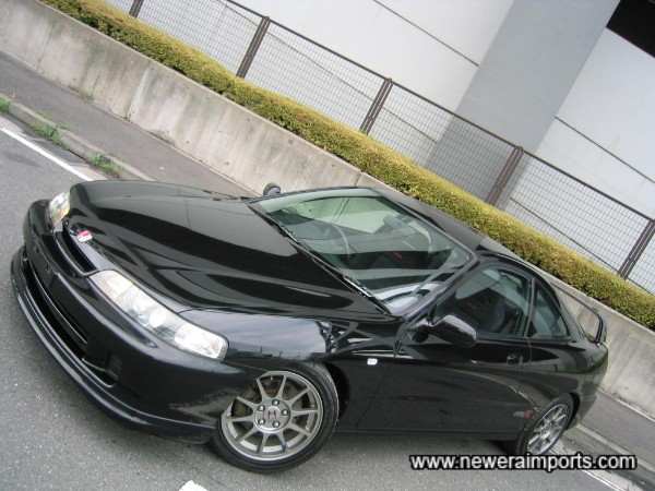 Very rare to find a 1998 Spec DC2 ITR in Metallic Black!