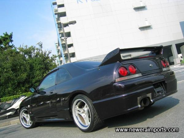 Nismo 400R replica rear bumper fitted.
