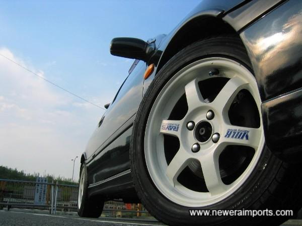 15'' Volk Racing TE37 alloy wheels.