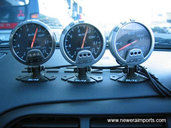 Blitz gauges.