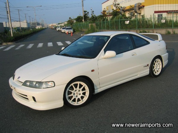 The best colours for an Integra type R, in our opinion!