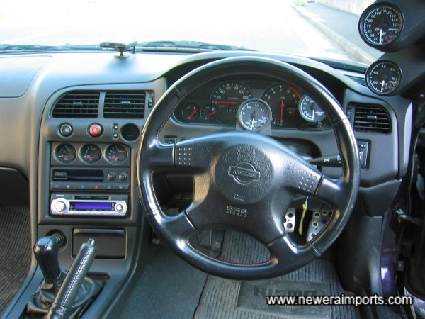 Note facelift type steering wheel is fitted