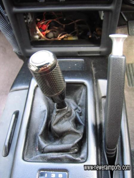 Razo Carbon gearknob.