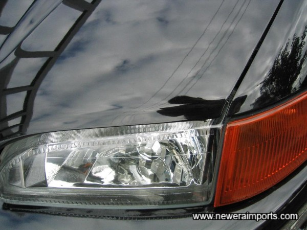 Clear front headlights.