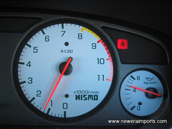 Oil pressure when cold (30 Deg C Ambient temp): 5kg/cm2 - an excellent sign of a good engine with plenty of life remaining.