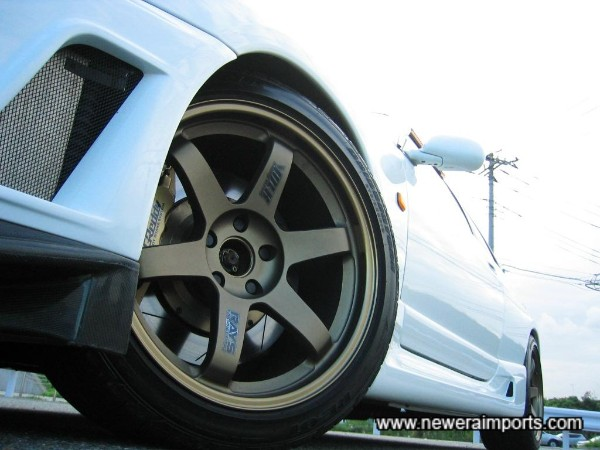 Nismo front bumper, TE37's and Grex 6 pot callipers.