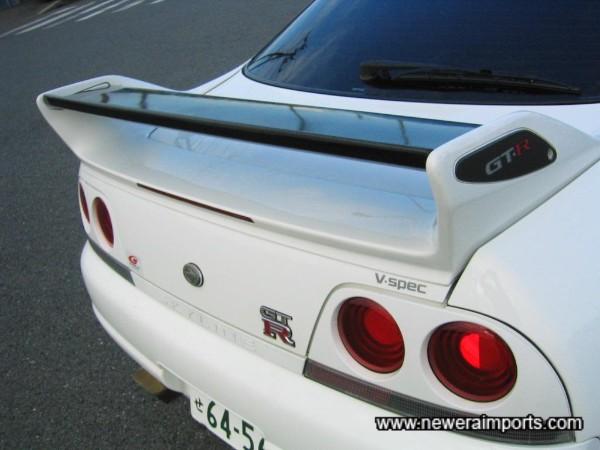 Original Nismo spoiler end plates - carbon.