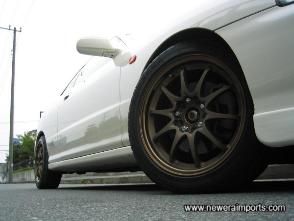 Unmarked Volk Racing Forged Monoblock 16'' CE28N alloys!