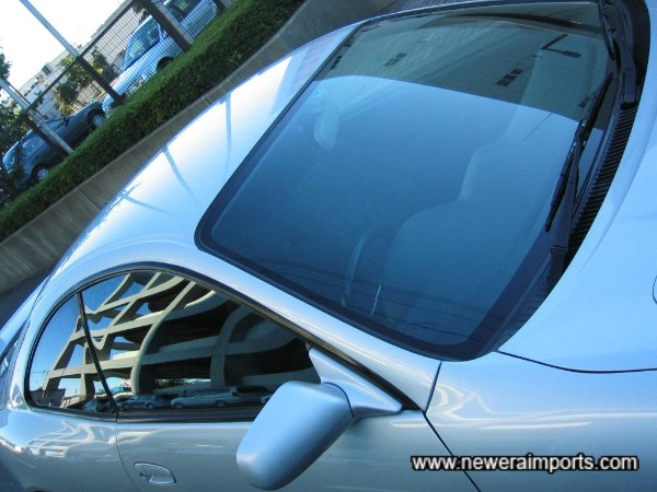 Facelift model has green tint on factory glass.