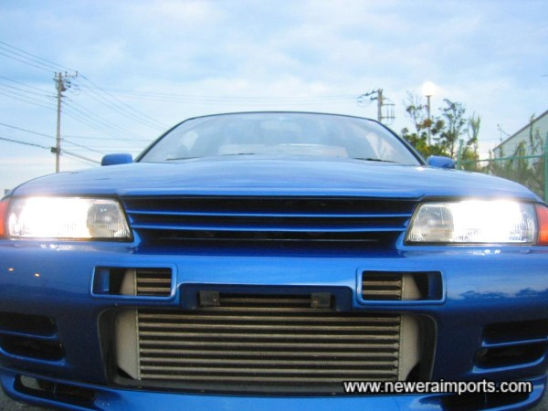 Nismo intercooler vents and bonnet lip fitted.