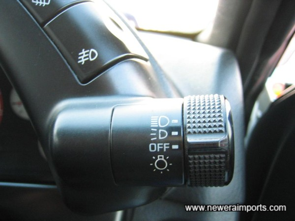 Note - the light switch is completely unworn - A good indicator of low mileage..