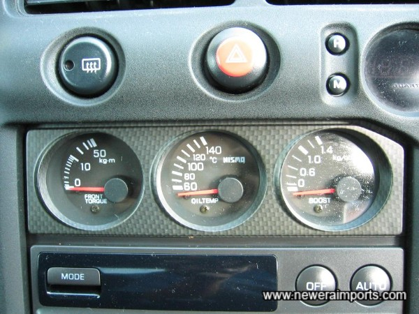 Nismo gauge set on centre console.