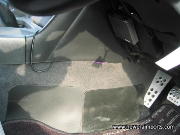 Alloy pedal covers - Note rubber covers to protect carpet.