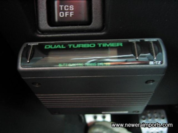 HKS Dual Auto Turbo Timer (Also shows turbo boost).