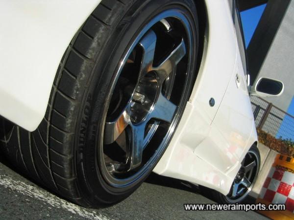 Uras NS-01 Chromed 17'' wheels!