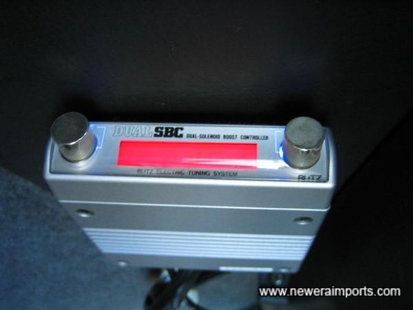 Blitz Dual SBC boost controller.