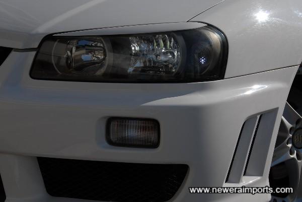 Original option Xenon HID headlights.