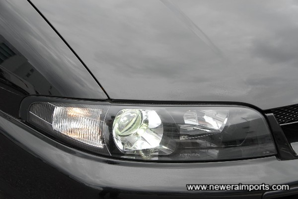 Xenon HID headlights have been fitted recently.