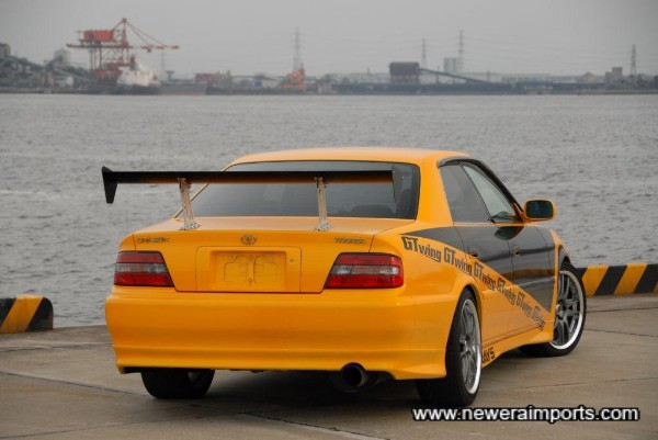 C West original rear GT Wing suits the Chaser beautifully!