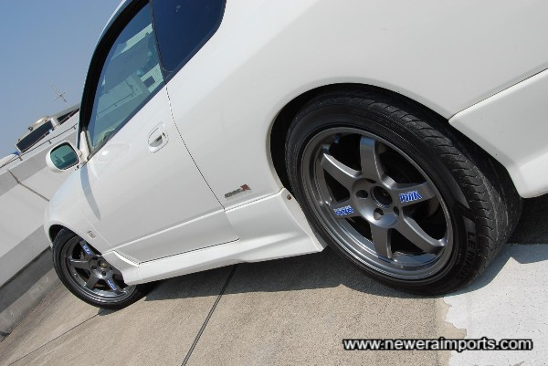 Volk Racing TE37 forged lightweight alloy wheels - Super Light & Strong!
