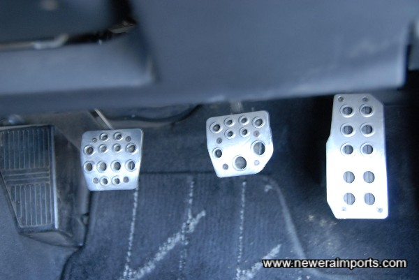 Nismo alloy pedal covers.