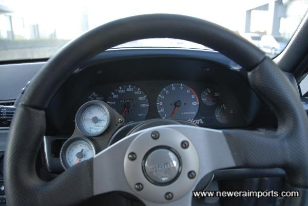Momo Race steering wheel.