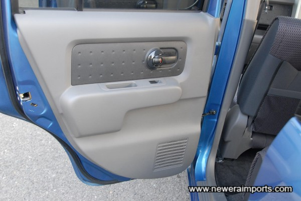 /s/r interior door panel.