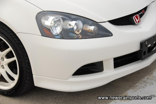 HID Projector headlights.