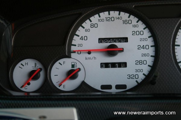 The original clocks were changed at 40,251km. After conversion in UK, odo will show total miles covered.