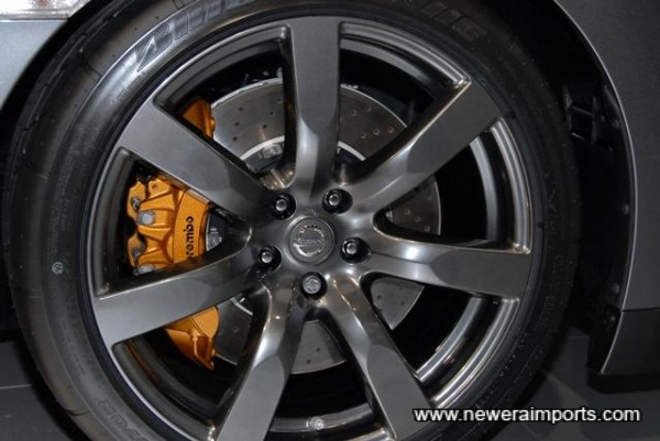 Dark Chrome Optional Wheels with Bridgestone RE070R Sports Tyres Specially Developed For The GT-R.