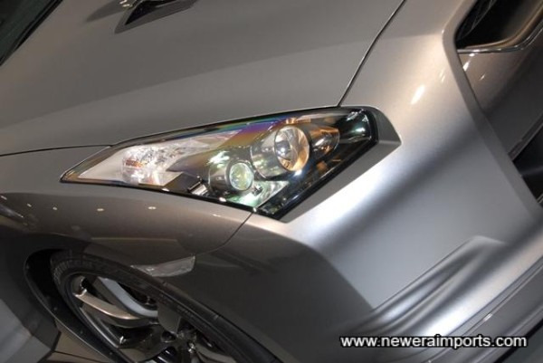 Wide Beam Headlights with High Intensity Discharge (HID) Low Beams.