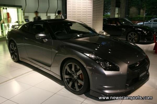 Dark Metal Grey. Colour Code: #KAD (Incl. Dark Chrome Wheel Option)