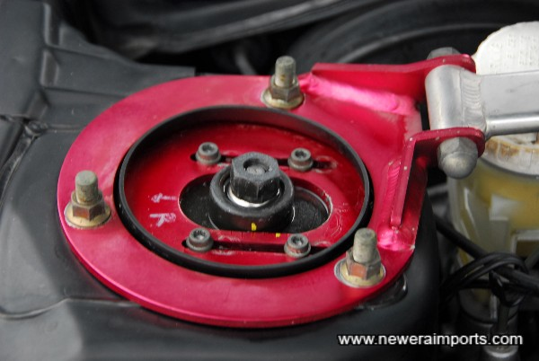 Note Pillow ball camber adjustable top mounts.