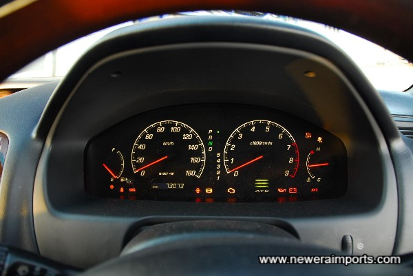 All warning lights present & functioning correctly.