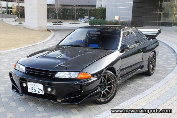 Veilside C1 bodykitted monster R32 GT-R!