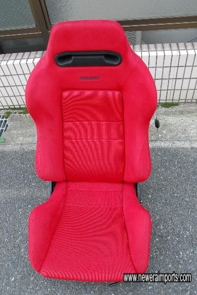 New Recaro Seat - fitted after car was bought (At customer's request).