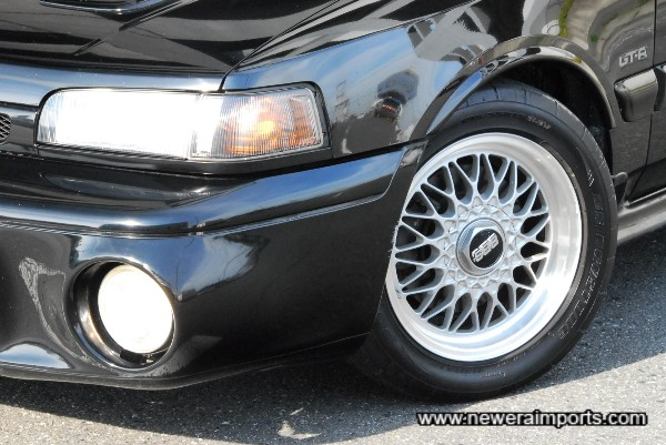 BBS 15'' wheels shod with super sticky Bridgestone Potenza RE-01R sports tyres.