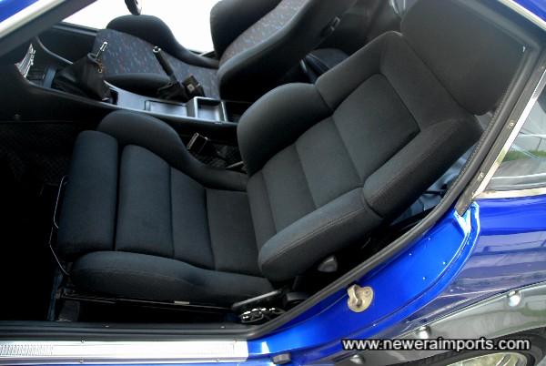 Bride reclinable passenger seat.