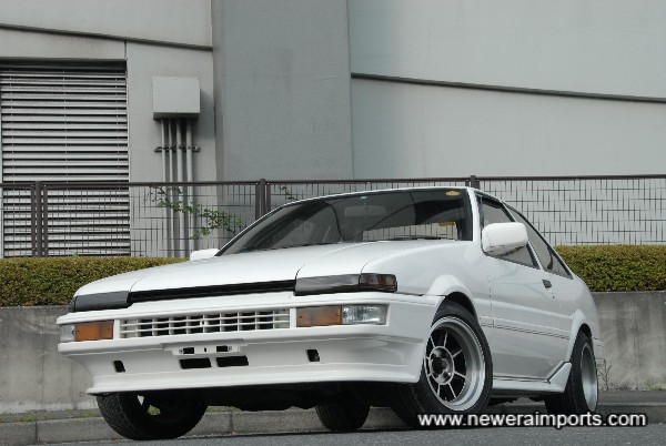 Rust free - Very hard to find an AE86 body as genuine as this nowadays.