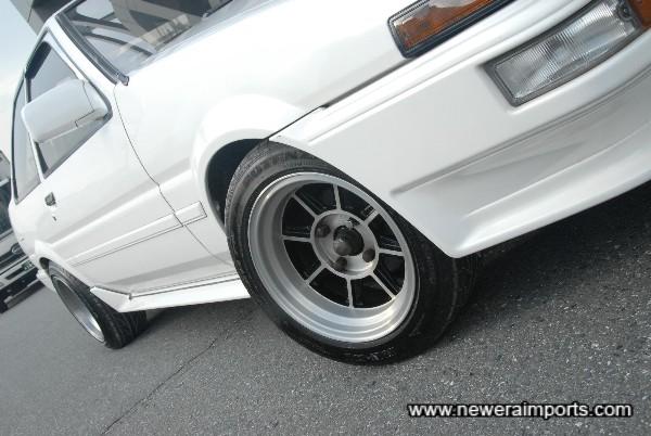 Hayashi 14'' alloy wheels.