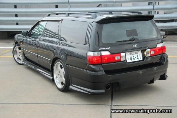 Note rear bumper has diffuser incorporated.