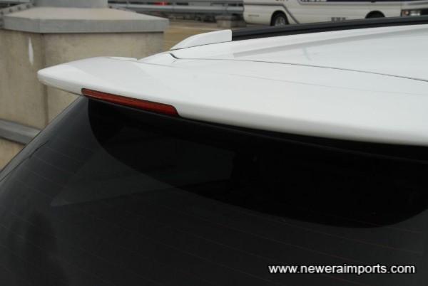 Original option rear spoiler with high level brake light.