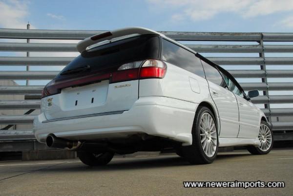 Rear bumper design is interesting!