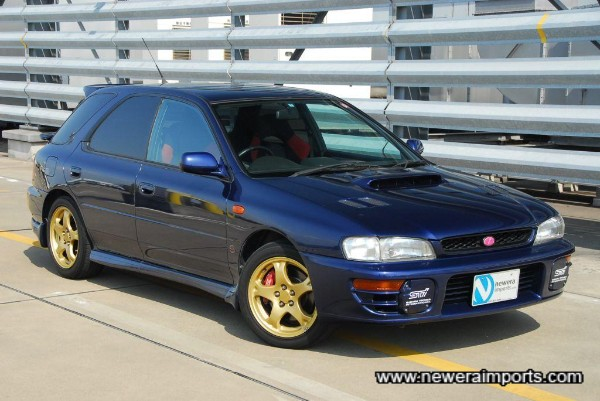 One of the nicest colours (rare!) for a classic Impreza!