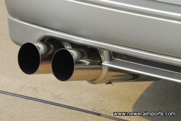 Hasemi Sport Dual Silencer Exhaust system (Has some mild dents on underside - not visible, nor do they affect performance at all).