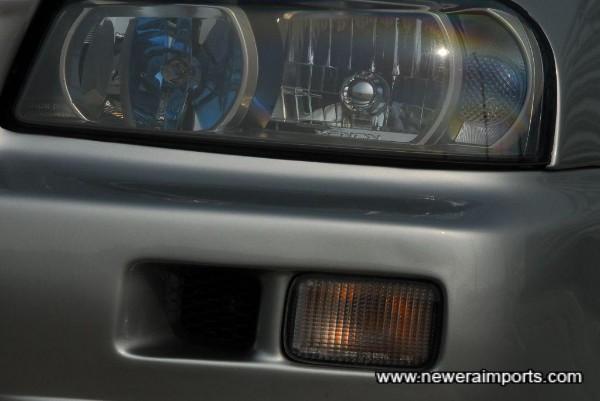Headlights are genuine Xenon HID R34 GT-R units.