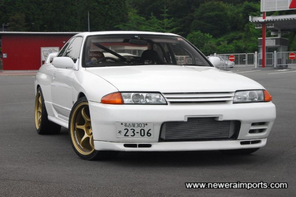 White is THE classic colour for these cars.
